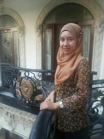 The Grand Palace Hotel Malang : Pose depan kamar