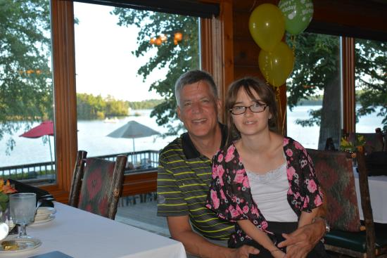 Ruttger's Bay Lake Lodge: After a Wonderful meal in the Lodge