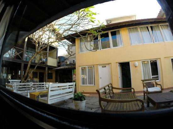 Nomad Buzios Seashore Hostel: vista do quarto feminino
