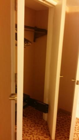 Portland Marriott At Sable Oaks: Closet