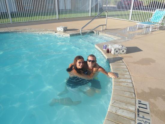 Grand Motor Inn, Hotel & Restaurant : pool