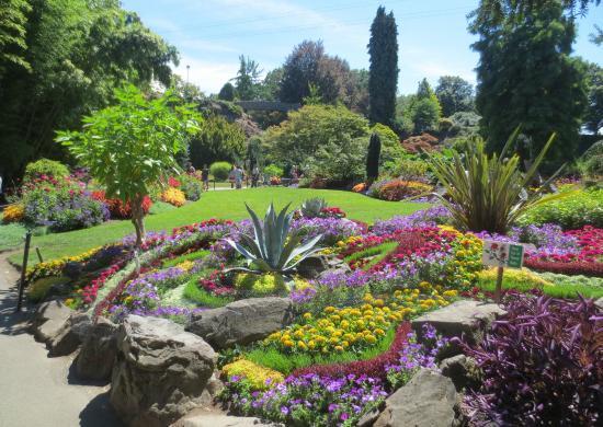 Sabbaticalhomes home for rent vancouver british columbia - Jonathan s restaurant garden city ...