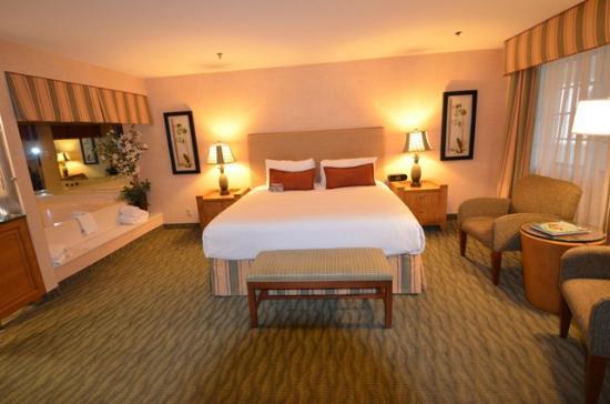 Le Tres Grand Lit Picture Of Best Western Plus Las Brisas Hotel