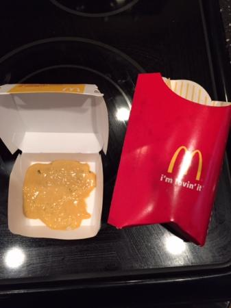 McDonald's: Supposed to be a 4-Piece McNugget