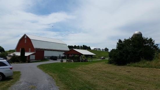 Raphine, VA: the property