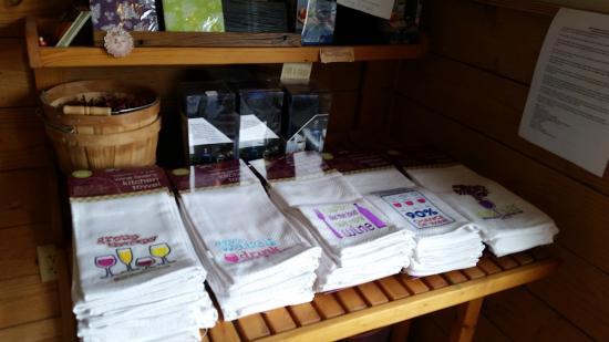 Raphine, VA: Amazing gift shop