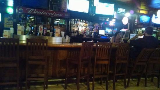 Locos Grill and Pub