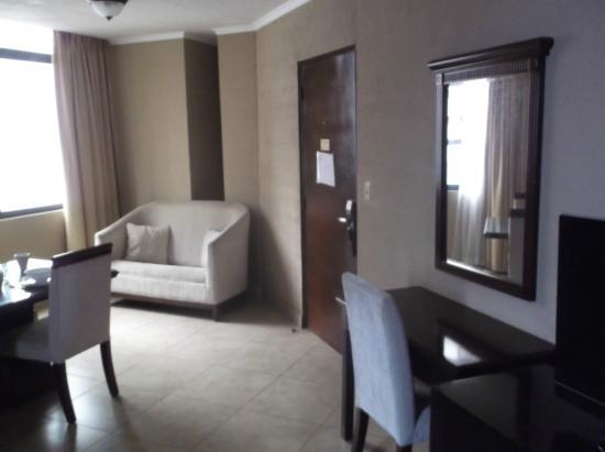 Panama Studio Apartments: nice size room