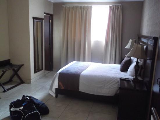 Panama Studio Apartments: room
