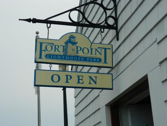 Fort Point Lighthouse Park: This sign is the one to look for when driving to the lighthouse