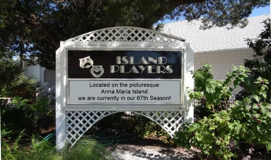 Island Players Community Theatre