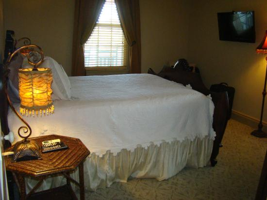 Elaine's Bed & Breakfast Inn: Room #3