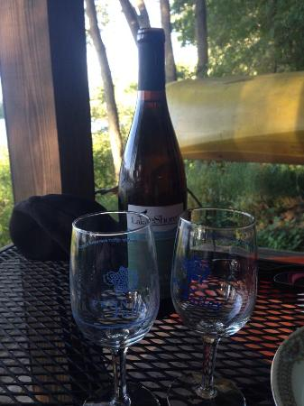 Allegan, MI: Wine / glasses that came with our Picnic Dinner provided by the B&B  at this by the private pond