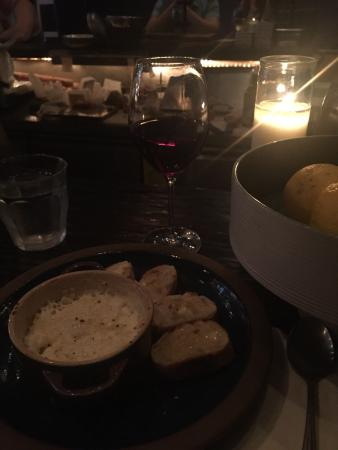 Mignon Wine & Tapas Bar