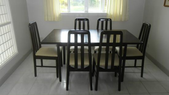 Vacation Villas at Subic Homes: Dining Table
