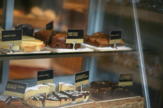 Tozetti bakery