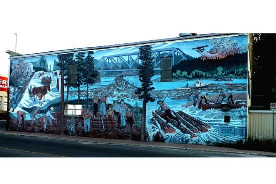 Lake of the Woods: One of the Murals in Kenora