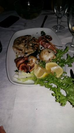 Al Torchietto: Sperlunga di pesce arrosto