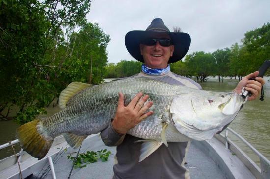 I 39 ll take ya fishing charters day trips darwin for Best fishing days 2017