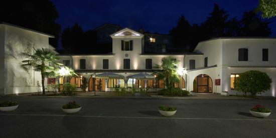 Hotel e Ristorante la Grotta