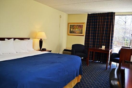 Days Inn Smyrna : King Room