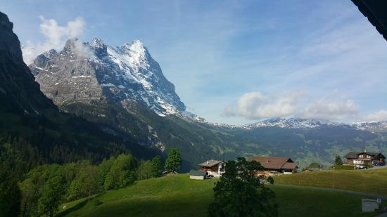 Hotel Blumlisalp: morning view with  the Jungfrau beckoning us