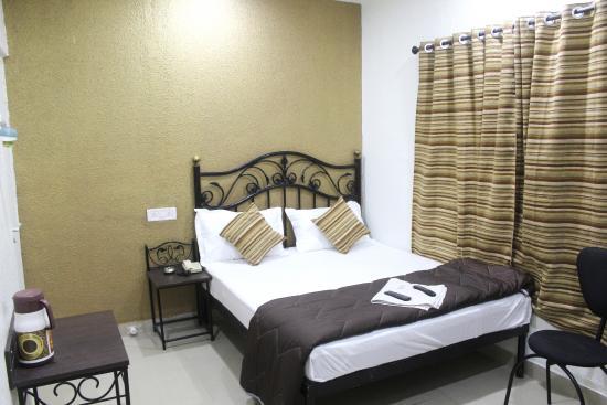 Hotel Preetam Aurangabad: room