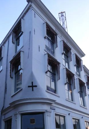 City Hotel Nieuw Minerva: Bridal Suite is corner 2nd floor