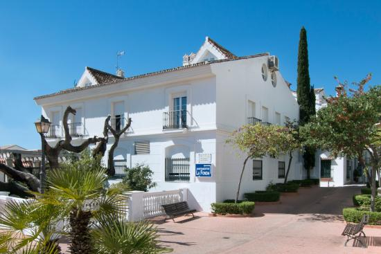 Photo of Apartamentos La Fonda Benalmadena