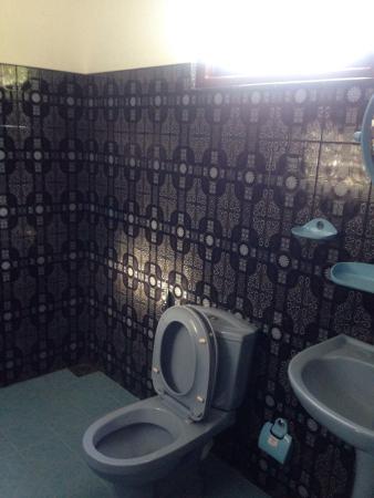 Amanda Resort: Clean bathroom