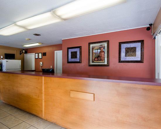 Econo Lodge North $54 ($̶6̶1̶) - UPDATED 2018 Prices ...