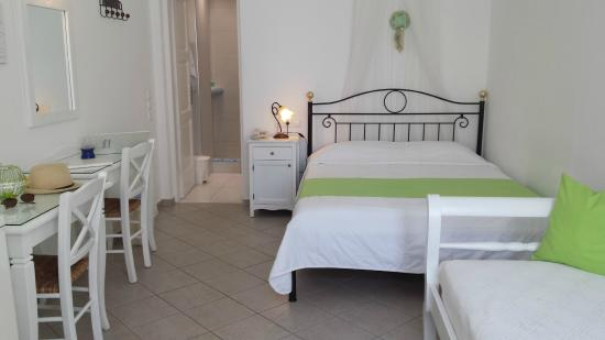 Reverie Traditional Apartments - Picture of Reverie Santorini ...
