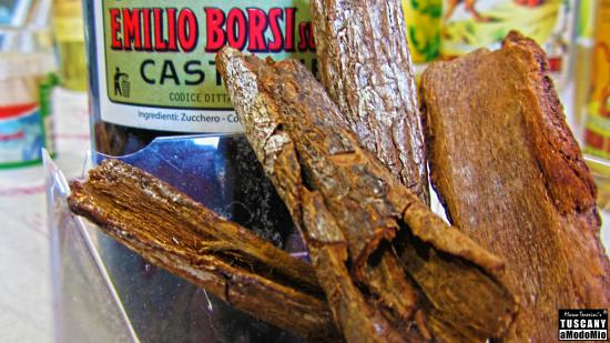 Premiata Fabbrica di Liquori Emilio Borsi: the pieces of bark of the cinchona tree used for the production of the liquor Elixir