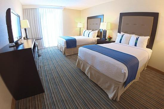 Holiday Inn Grand Haven - Spring Lake: Double Bed Guest Room