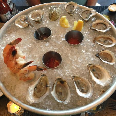 Crushin' Oysters at Row 34 in Portsmouth, NH
