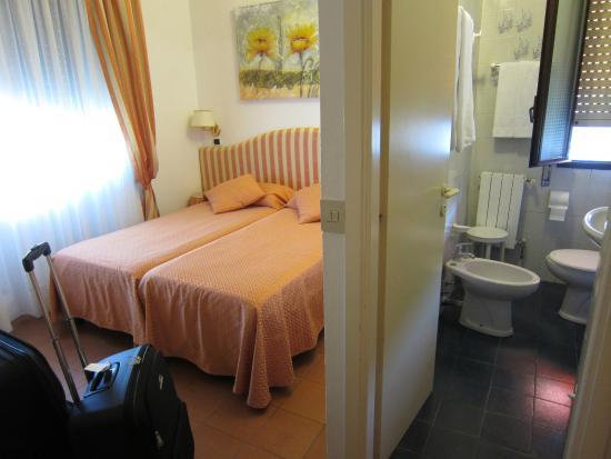 hotel iva slaapkamer en badkamer