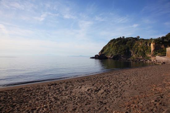 Albergo Solcalante : la spiaggia del Postino a 7 minuti a piedi dall'albergo