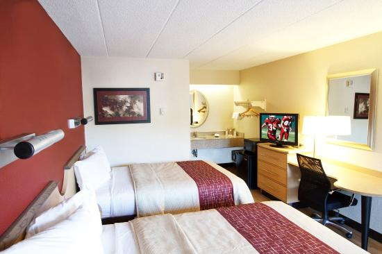 Red Roof Inn Erie: Deluxe Double