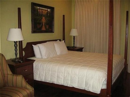 Photo of Prytania Oaks Hotel New Orleans