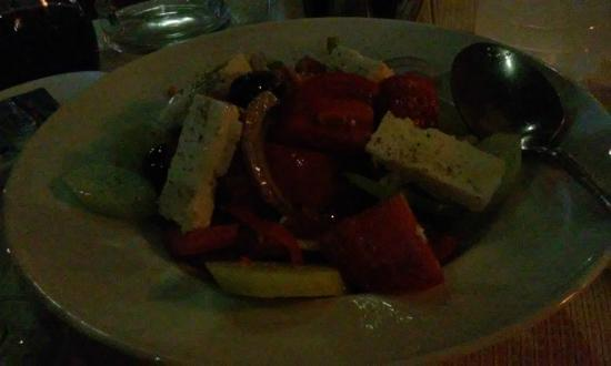 Taverna Dionyssos : Greek salad