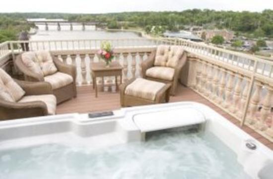 Baker Suite Bedroom Balcony Whot Tub Picture Of Hotel Baker Saint Charles Tripadvisor