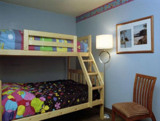 Days Inn - Nanaimo: Bunk Bed Room