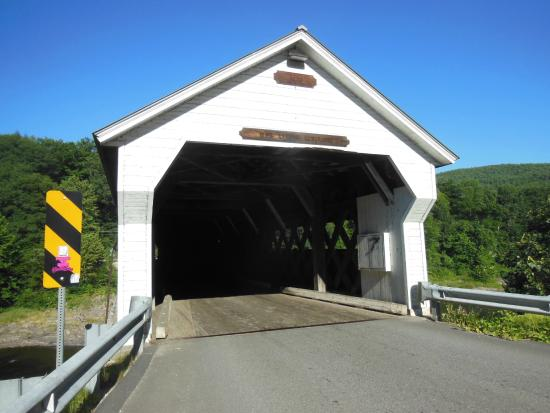 ‪West Dummerston Covered Bridge‬