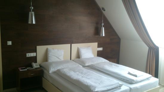 Hajdunanas, Hongaria: Kényelmes, a környezet kellemes és a személyzet közvetlen.