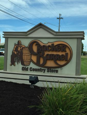 Crackerbarrel Old Country STR