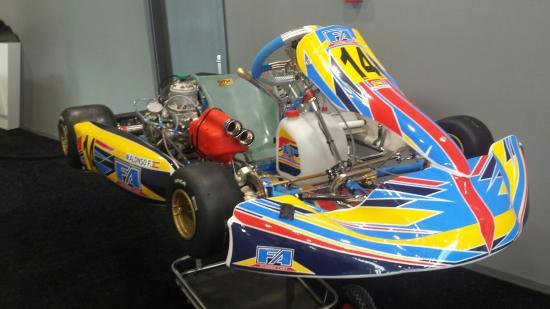 Circuito Fernando Alonso Alquiler Karts : Karting en huesca circuito de karting en aragón