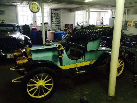 Larz Anderson Auto Museum - Museum of Transportation: photo0.jpg
