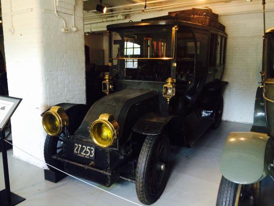 Larz Anderson Auto Museum - Museum of Transportation: photo3.jpg