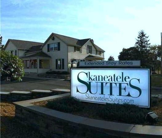 Skaneateles Suites Entrance