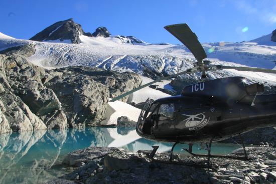 เกาะไวเฮเก, นิวซีแลนด์: Alpine Landing